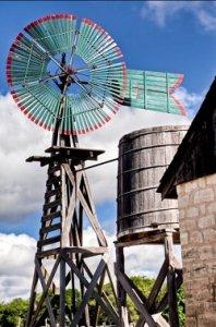 San Antonio Windmill and Cistern